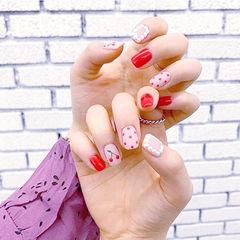 方圆形红色手绘波点水果樱桃珍珠美甲图片