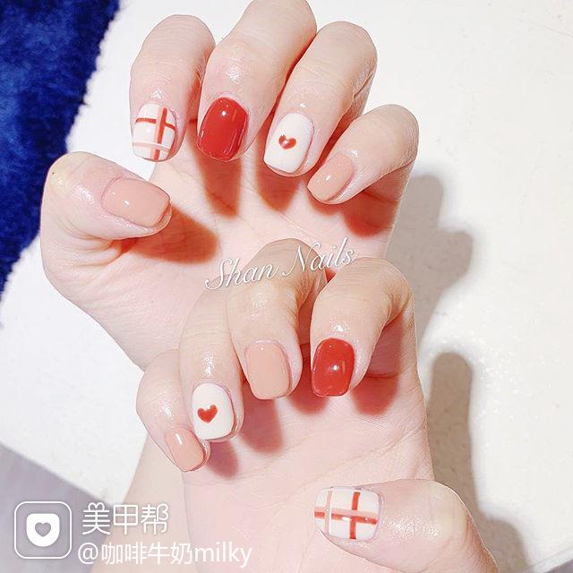 方圆形红色裸色白色线条心形跳色分享ins美图美甲图片