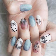 圆形蓝色黑色白色手绘椰树美甲图片