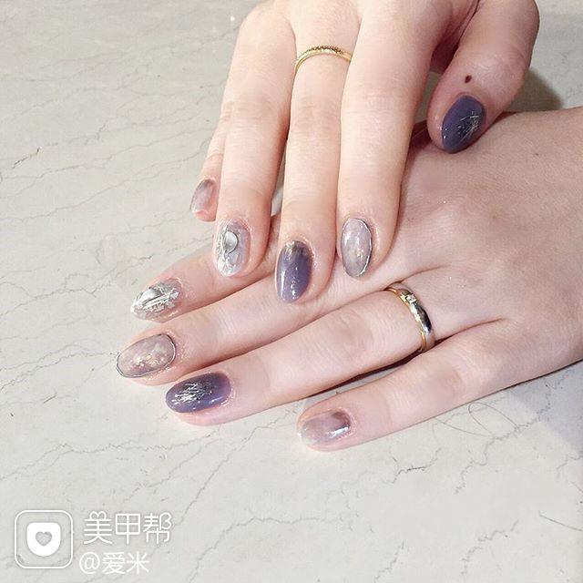 圆形紫色银色晕染日式美甲图片