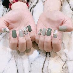 方圆形灰色绿色晕染美甲图片