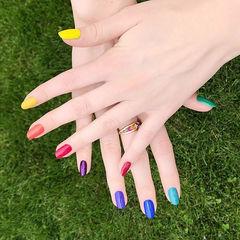 圆形红色黄色蓝色绿色跳色彩虹美甲图片