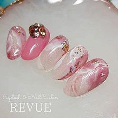 圆形粉色钻晕染日式美甲图片