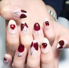 圆形酒红色白色手绘水果樱桃钻圆法式美甲图片