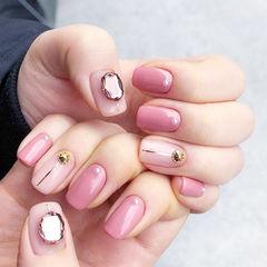 方圆形粉色金银线钻美甲图片