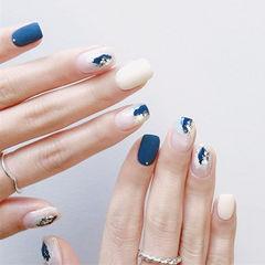 方圆形蓝色白色晕染银箔磨砂美甲图片