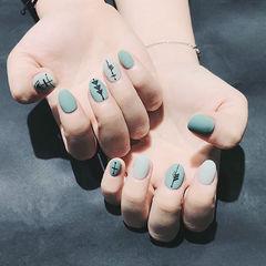 圆形绿色黑色手绘磨砂几何美甲图片