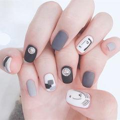 方圆形黑色灰色白色手绘简笔画磨砂钻美甲图片