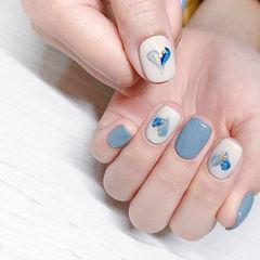 方圆形蓝色灰色白色手绘心形金箔美甲图片