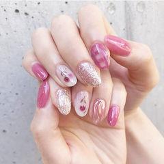 圆形粉色银色玫瑰金手绘花朵格纹水波纹ins美图分享,想学美甲咨询微信mjbyxs6哦~美甲图片