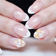 圆形白色珍珠钻法式美甲图片