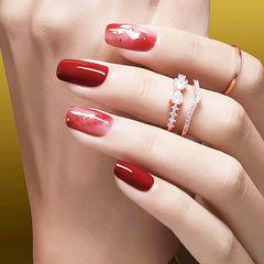 方圆形红色晕染贝壳片显白新娘美甲图片
