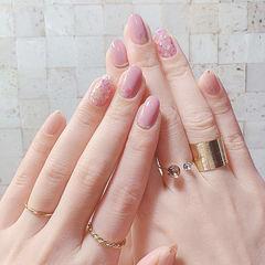 圆形粉色简约上班族美甲图片