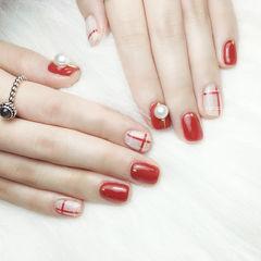 方圆形红色白色珍珠线条美甲图片