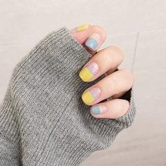 方圆形黄色蓝色平法式美甲图片