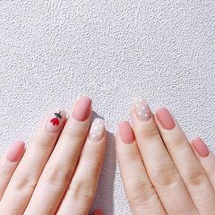 方圆形粉色红色白色手绘花朵磨砂波点美甲图片