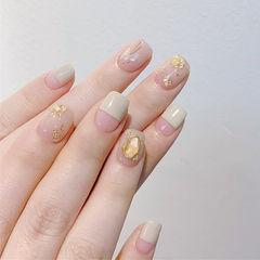 方圆形裸色平法式金箔贝壳片简约美甲图片