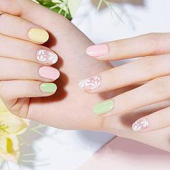圆形粉色绿色黄色手绘雏菊跳色春天美甲图片