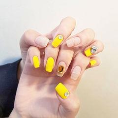 方圆形黄色裸色金银线钻磨砂美甲图片