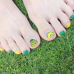 脚部黄色绿色手绘水果跳色美甲图片
