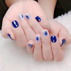 方圆形蓝色白色晕染短指甲ins美图分享,想学美甲咨询微信mjbyxs6哦~美甲图片