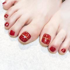 脚部红色碎玻璃显白美甲图片