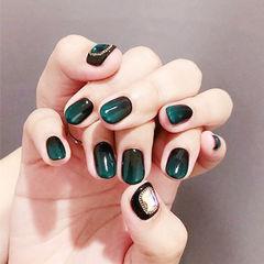 圆形绿色黑色渐变钻美甲图片
