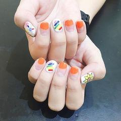 方圆形橙色白色红色黄色手绘彩虹圆法式美甲图片