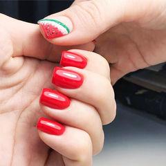 方圆形红色绿色手绘西瓜水果ins美图分享,想学美甲咨询微信mjbyxs6哦~美甲图片