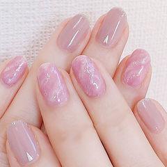 圆形粉色裸色晕染简约美甲图片