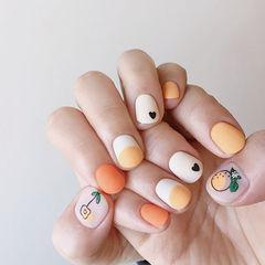 圆形橙色白色手绘可爱磨砂韩式美甲图片