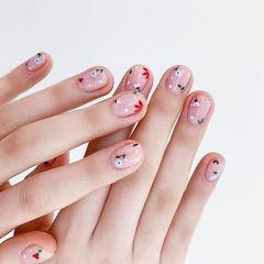 圆形红色粉色裸色手绘花朵简约春天ins美图分享,想学美甲咨询微信mjbyxs6哦~美甲图片