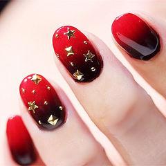 圆形红色黑色渐变金属饰品美甲图片