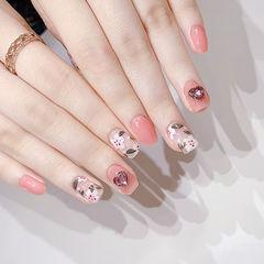 方圆形粉色手绘花朵钻春天美甲图片