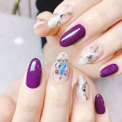 圆形紫色白色钻晕染石纹ins美图分享,想学美甲咨询微信mjbyxs6哦~美甲图片