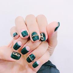 方圆形绿色金属饰品反法式美甲图片