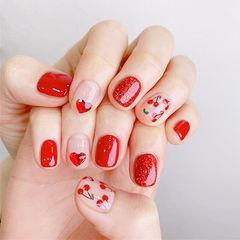 方圆形红色手绘樱桃钻美甲图片