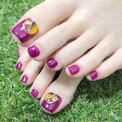 脚部紫色钻美甲图片