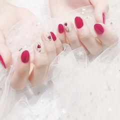 圆形红色白色手绘花朵新娘ins美图分享,想学美甲咨询微信mjbyxs6哦~美甲图片