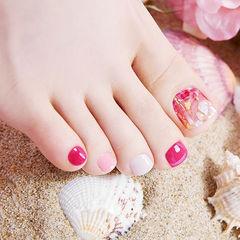 脚部玫红色粉色贝壳片跳色ins美图分享,想学美甲咨询微信mjbyxs6哦~美甲图片