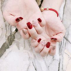 方形红色金色雕花新娘跳色ins美图分享,想学美甲咨询微信mjbyxs6哦~美甲图片