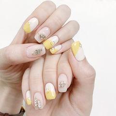 方圆形黄色白色钻圆法式美甲图片