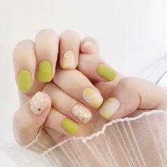 方圆形绿色贝壳片金箔夏天美甲图片