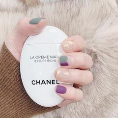 方圆形紫色绿色磨砂法式金箔美甲图片