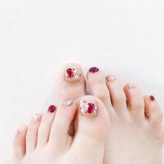 脚部红色银色钻美甲图片