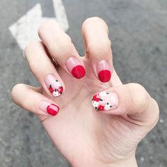 圆形红色手绘花朵圆法式美甲图片
