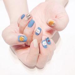 方圆形蓝色白色黄色手绘可爱夏天ins美图分享,想学美甲咨询微信mjbyxs6哦~美甲图片