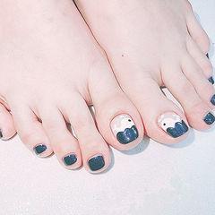 脚部蓝色白色手绘夏天可爱ins美图分享,想学美甲咨询微信mjbyxs6哦~美甲图片