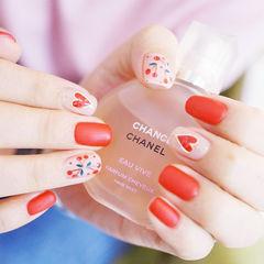 方圆形红色裸色手绘樱桃心形磨砂美甲图片
