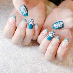 圆形蓝色法式珍珠手绘猫咪可爱ins美图分享,想学美甲咨询微信mjbyxs6哦~美甲图片